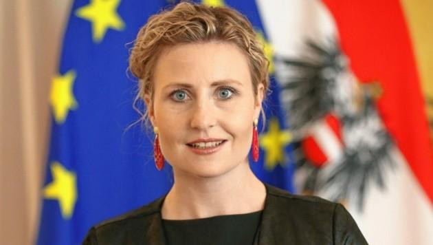 Integrationsministerin Susanne Raab (Bild: Kronen Zeitung)