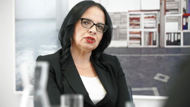 """Staatssekretärin Andrea Mayer: """"Ohne Shitstorm durchkommen."""" (Bild: Reinhard Holl)"""