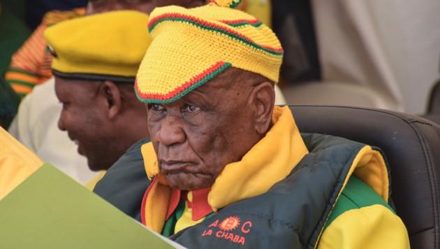 Der mittlerweile zurückgetretene Premierminister Lesothos, Thomas Thabane, muss sich nun schweren Vorwürfen stellen. (Bild: AFP)