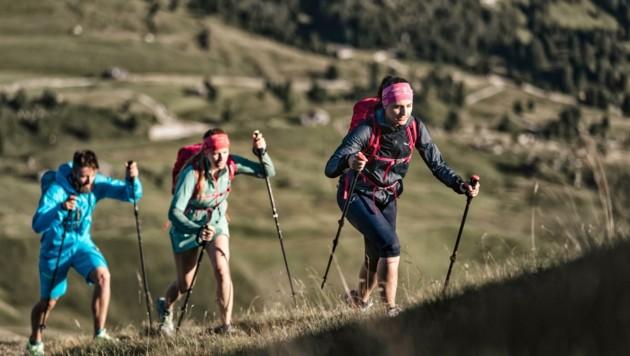 Speed Hiking heißt die neue Trendsportart - die Ferienregion Imst schreitet voran. (Bild: imst tourismus)