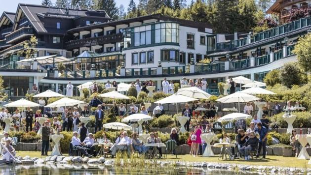 20 namhafte Künstler verwandelten das Astoria Resort in ein Freiluft-Theater. (Bild: David Johansson)