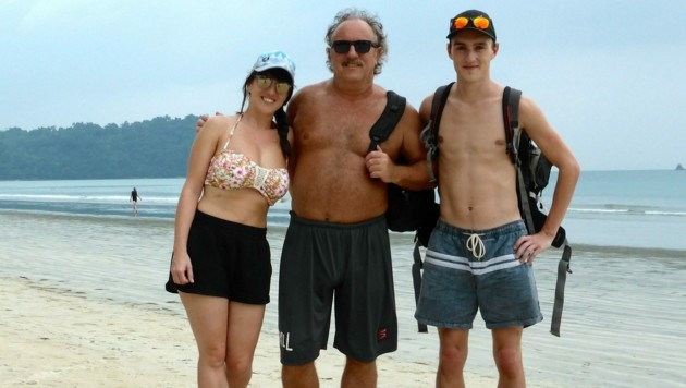 Herwig mit Tochter Tochter Pia und Sohn Luca. Seine Familie gibt ihm viel Kraft. (Bild: Herwig Rüdisser)