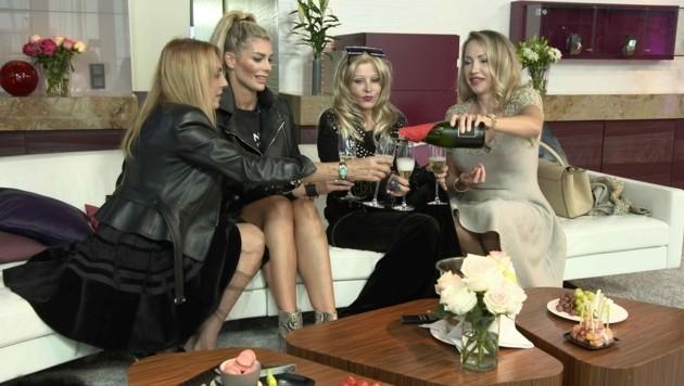 V.l.: Vera Dillier, Annika Gassner, Gisela Muth, Ekaterina Mucha (Bild: TVNOW / Constantin Ent.)