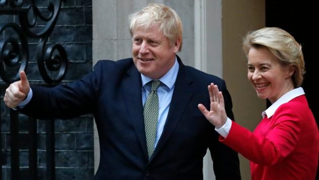 Der britische Premier Boris Johnson und EU-Kommissionspräsidentin Ursula von der Leyen - kein Fingerbreit Bewegung (Archiv-Foto aus dem Jänner 2020). (Bild: AFP or licensors)