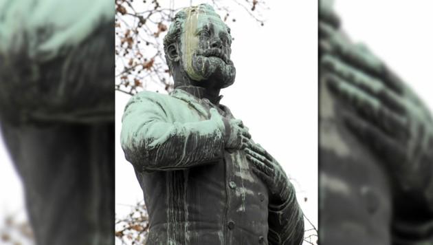 Am Wochenende wurde abermals das Lueger-Denkmal in der Wiener Innenstadt beschmiert.