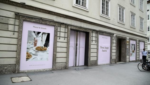 Der Automobil-Riese besiegelte Ende 2019 das Ende des Altstadt-Standortes. Alexander und Julia Pappas waren oft zu Gast, wie bei der Eröffnung des Pop-Up-Stores der Leica Galerie 2017. (Bild: Tröster Andreas)