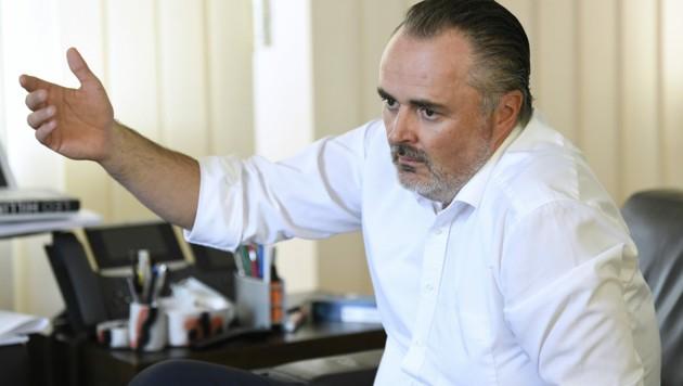 Der burgenländische Landeshauptmann Hans Peter Doskozil wird in den Ibiza-Untersuchungsausschuss geladen. (Bild: APA/ROBERT JAEGER)