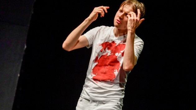 Markus Ransmayr im Bühnensolo (Bild: Dostal Harald)