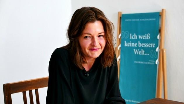 """Die Salzburgerin Laura Freudenthaler schaffte es mit ihrem Text """"Der heißeste Sommer"""" auf die Shortlist. (Bild: ORF)"""