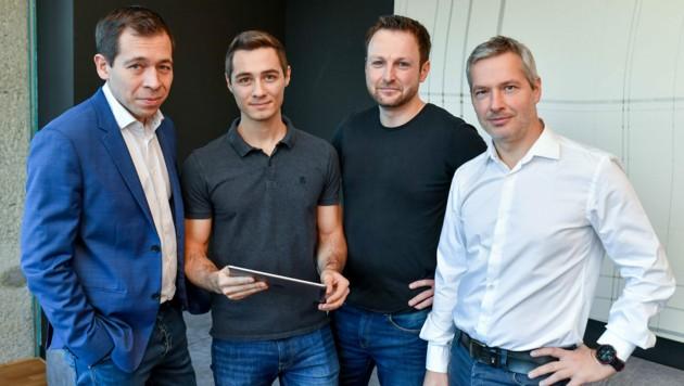Lichtenstein (2. v. l.) baut auf ein Netzwerk um Matthias Bolz (l.), Michael Ring und Stephan Lechner (r.), Technik-Chef von Netural. (Bild: Harald Dostal)