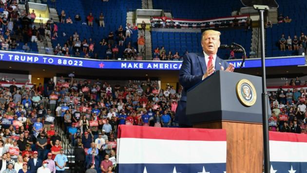 US-Präsident Donald Trump bei seiner ersten Wahlkampfgroßveranstaltung seit dem Corona-Lockdown