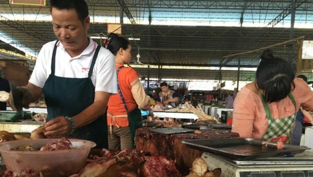 Weder die Corona-Pandemie noch eine Regierungskampagne verhinderten, dass das Hundefleisch-Festival stattfindet. (Bild: AFP )