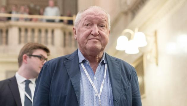Ernst Plech war nur zu Beginn des Buwog-Prozesses im Gerichtssaal anwesend, seither aus medizinischen Gründen verhandlungsunfähig. (Bild: APA/GEORG HOCHMUTH/APA-POOL)
