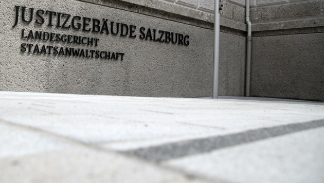 Verhandlung im Salzburger Justizgebäude (Bild: Tröster Andreas)