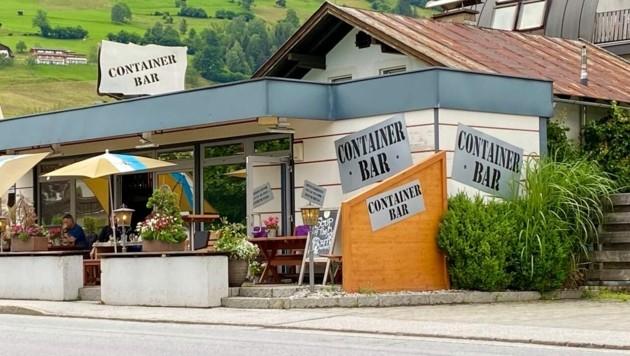 Container Bar in Zell am See (Bild: Roland Hölzl)