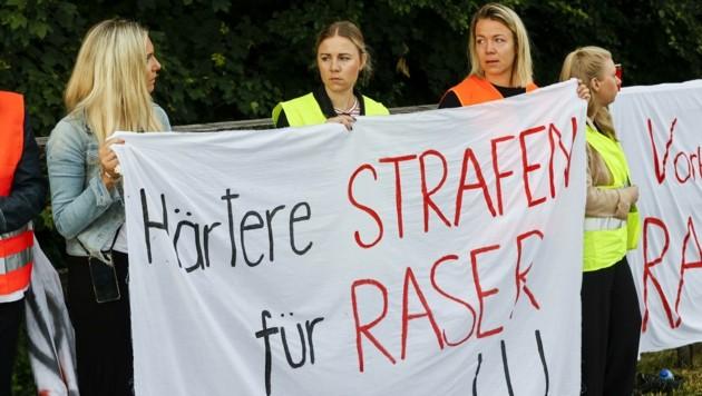 Härtere Strafen für Raser fordern auch die Freunde und Angehörigen der verstorbenen Katrin Koch. (Bild: Tschepp Markus)