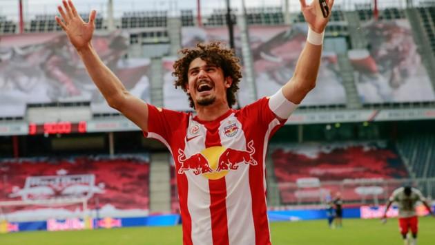 Ein neuer Bewerbssponsor für Bundesliga und 2. Liga ist gefunden – da ist die Freude groß ... (Bild: GEPA)