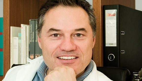 Dr. Peter Gamper beendet am Mittwoch die Kooperation mit der ÖGK. (Bild: Gamper)