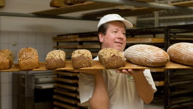 Traditionelles Bäcker-Handwerk der Bäckerei Rass (Bild: Bäckerei Rass)