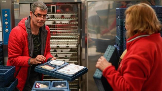 54 Mitarbeiter sind für Mahlzeit an drei Standorten tätig. (Bild: Markus Wenzel)