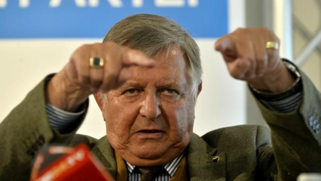 Norbert van Handel wurde alkoholisiert hinterm Steuer erwischt. (Bild: APA/HERBERT PFARRHOFER)
