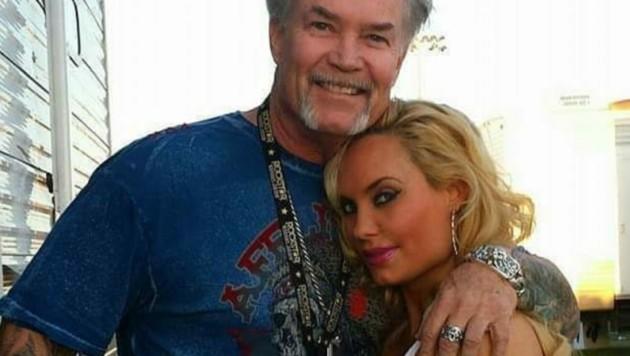 Coco Austin mit ihrem Vater (Bild: instagram.com/coco)