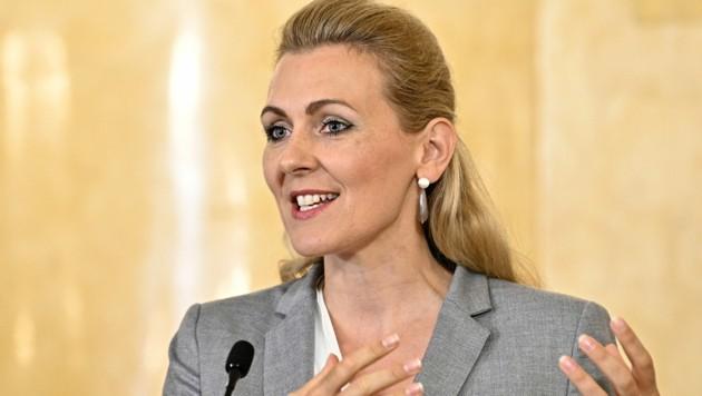 Arbeitsministerin Christine Aschbacher (ÖVP)