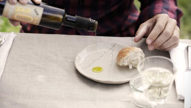 """Unter der Marke """"aÖ Iss Dialekt"""" produziert Georg Gilli sechs verschiedene Speiseöle aus speziellen Saaten. (Bild: vyhnalek.com)"""