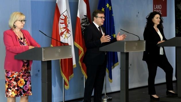 LR Beate Palfrader, LH Günther Platter und LHStv. Ingrid Felipe (v.li) berichteten über die Ergebnisse der Regierungssitzung. (Bild: Andreas Fischer)