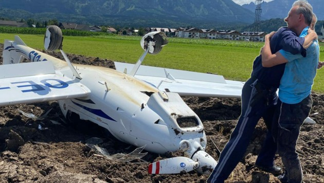 Fluglehrer fiel dem Polizisten in die Arme (Bild: Markus Tschepp)