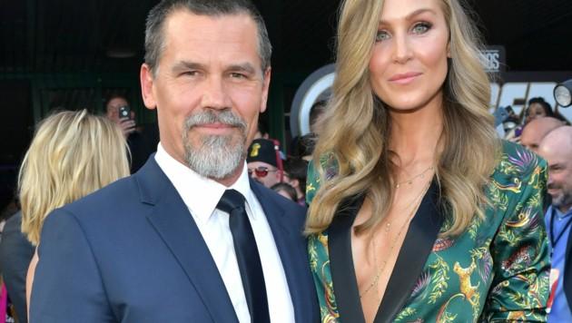 Josh Brolin mit Ehefrau Kathryn (Bild: 2019 Getty Images)