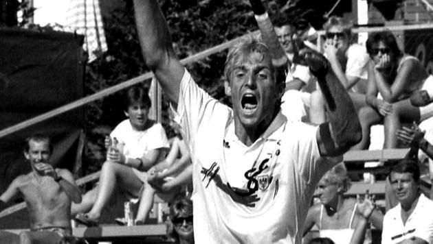 Auch er jubelte in Zell am See: Thomas Muster beim Sieg im Davis Cup 1988 gegen Großbritannien. (Bild: Votava)