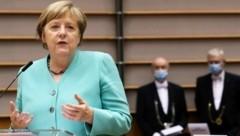 Angela Merkel bei ihrer Rede im EU-Parlament (Bild: AFP)