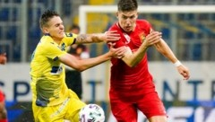 Zwei Salzburger im Duell: Sandro Ingolitsch (li.) gegen Leonardo Lukacevic (Bild: SEPA.Media | Josef Bollwein)