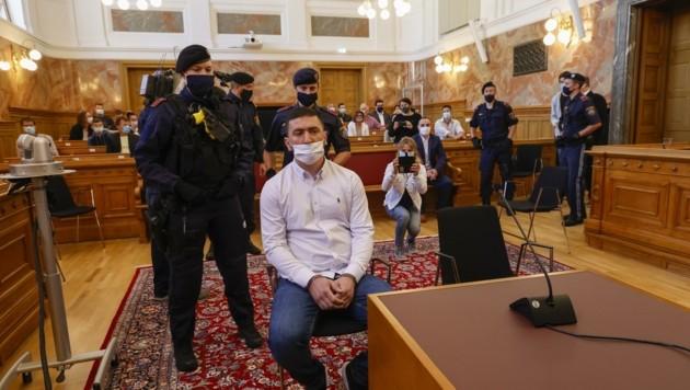 Klodjan F. (32) beim Prozess im Landesgericht Salzburg (Bild: Tschepp Markus)