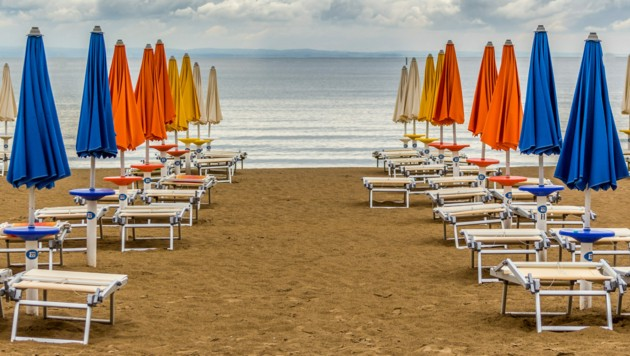Auch am Strand gilt das Motto: Bitte Abstand halten (Symbolbild). (Bild: ©peter0808 - stock.adobe.com)