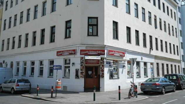 Vor diesem Lokal in der Buchengasse in Wien Favoriten kam es zur blutigen Auseinandersetzung. (Bild: Klemens Groh)