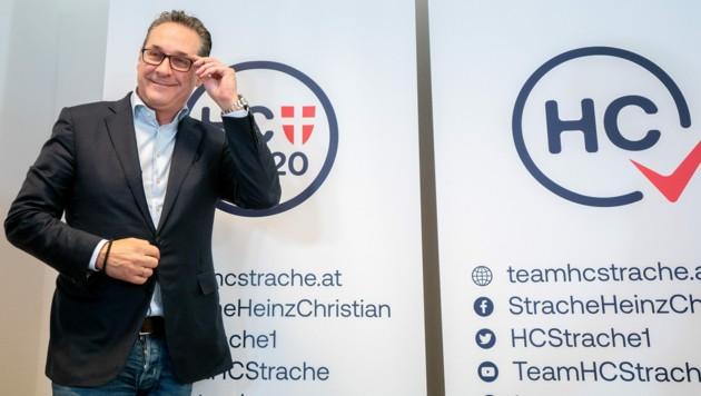 Das Team HC Strache eröffnet als erste Partei offiziell den Wahlkampf.