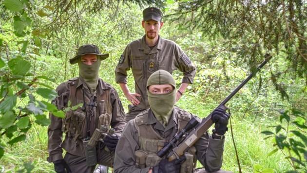 Kadersoldaten müssen an über 50 Jahre alten Waffen und Funkgeräten ausgebildet werden. (Bild: Hubert Berger)