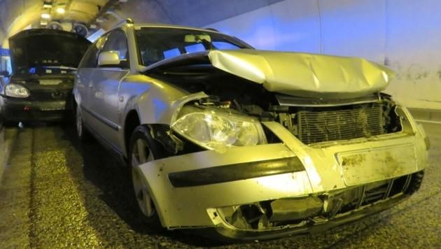 Drei Pkw und ein Lkw waren in den Unfall verwickelt. (Bild: Freiwillige Feuerwehr Pfarrwerfen)