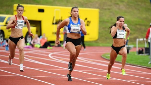 Die 18-jährige Bregenzerin Anna Mager (li.) lief bei ihrem Austria Top Meeting in Graz über die 200 Meter in 24,92 Sekunden eine neue persönliche Bestzeit und holte Rang zwei.