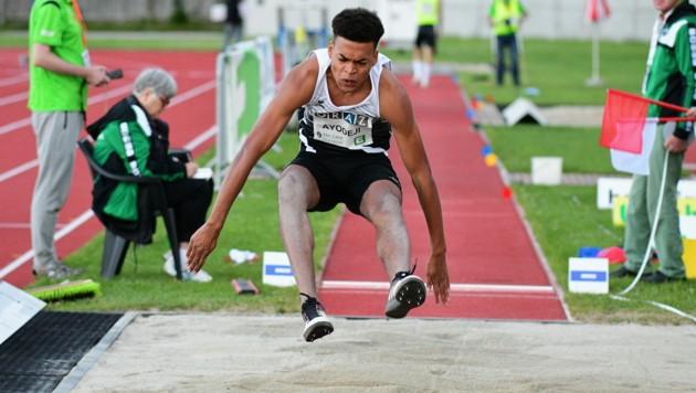 Der Höchster Weitspringer Oluwatosin Ayodeji verfehlte beim Austria Top Meeting seine eigene Bestmarke nur um acht Zentimeter. (Bild: ALFRED NEVSIMAL/ÖLV)
