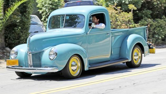 """Orlando Bloom sucht mit dem Auto nach seinem Hündchen """"Mighty""""."""