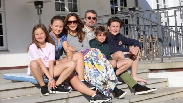 Kronprinz Frederik verbringt seinen Urlaub mit Ehefrau Mary und den Kindern auf Schloss Graasten.