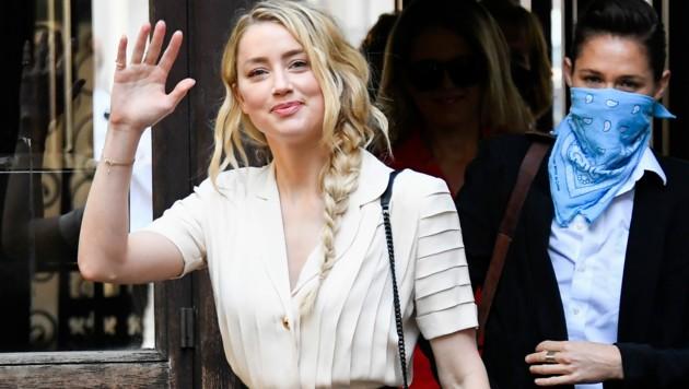 Am Montag sagte Amber Heard in London erstmals gegen ihren Ex-Ehemann Johnny Depp aus.