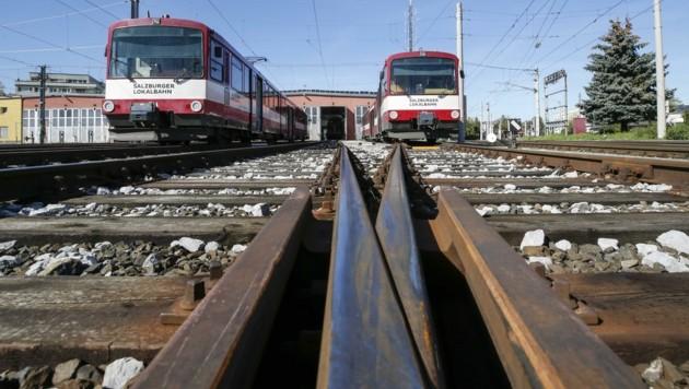 Der Öffi-Verkehr für die nächsten zehn Jahre ist auf Schiene, der Vertrag dazu abgeschlossen