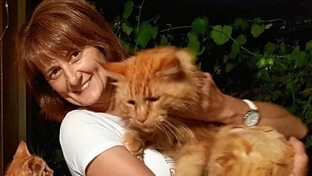 So wie Monika P.´s Augen strahlen weiß man: Die Katzen machen die fröhliche Steirerin glücklich.