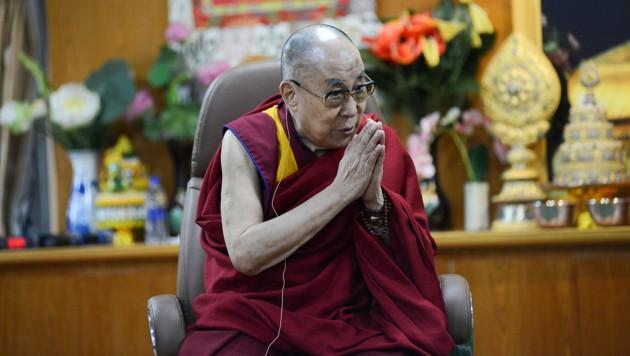 Segen vom geistlichen Oberhaupt der Tibeter für den EU-Deal (Bild: APA/AFP/Lobsang Wangyal)