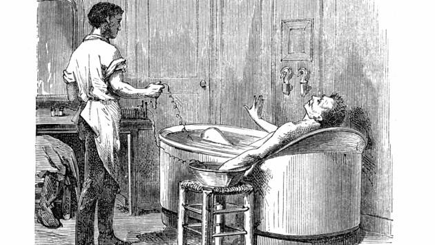 """Wasser und Strom - eine eher tödliche Mischung. Aber im Jahr 1875, als das erste Institut für """"elektrische"""" Bäder in Toronto eröffnet wurde, sollte diese Anwendung gegen Rheuma, Gicht und Ischias helfen. Die Elektroden wurden - Gott sei Dank über Wasser - aus einer Batterie gespeist und erzeugten in einer Metallwanne Schwachstrom, der das Wasser erhitzte."""