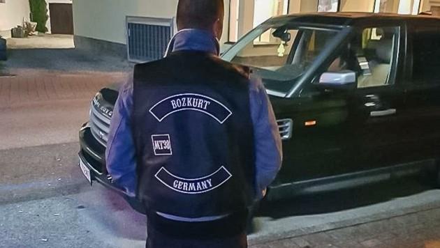 """""""Rocker Kutte""""- Statussymbol eines jungen Türken. (Bild: zVg.)"""